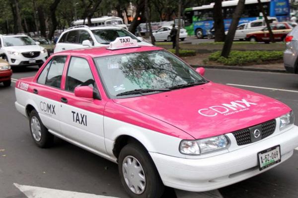 """Personas que corrijan con """"tardes ya"""" obtendrán su taxi de manera gratuita"""