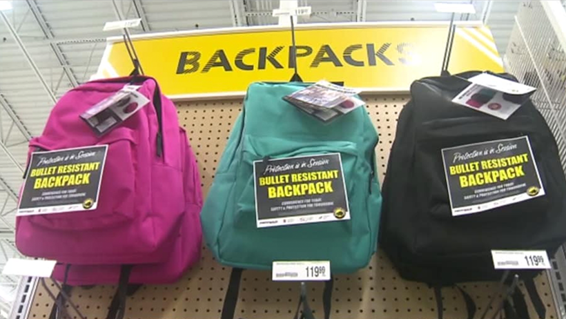 Los gringos ya venden mochilas anti-balas y el mundo se torno más triste y frío