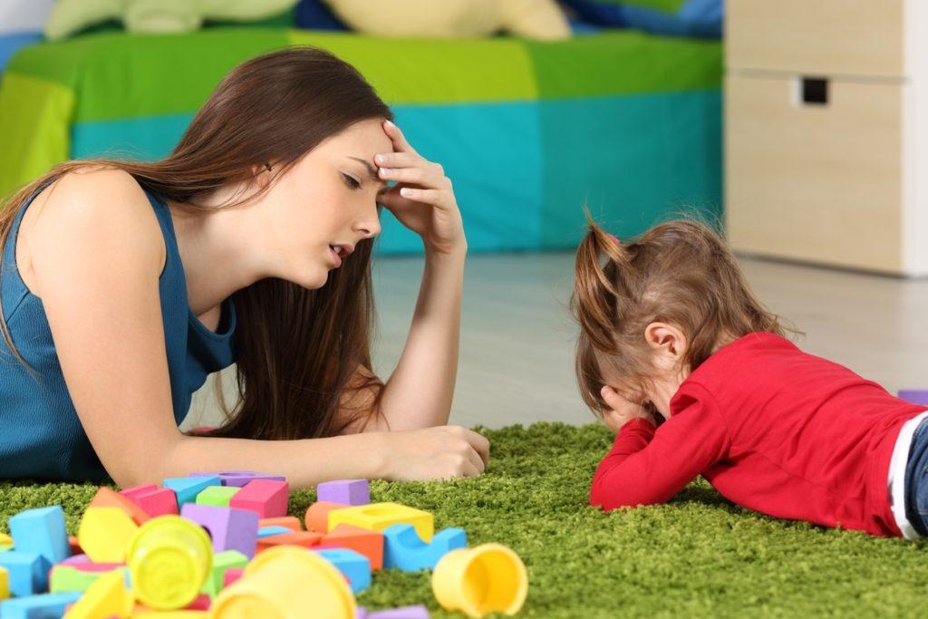 Millones de madres desesperadas exigen que se adelante el inicio del ciclo escolar