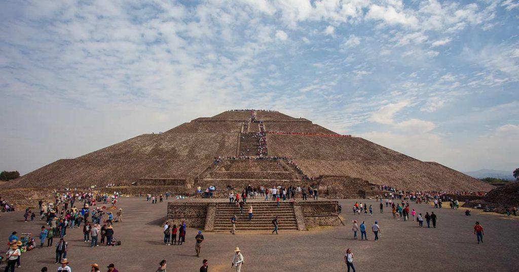Habrá concierto en las pirámides de Teotihuaca