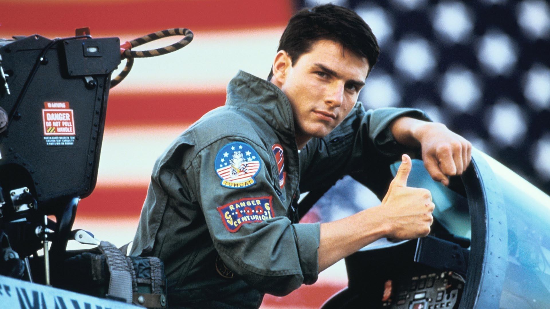 Tom Cruise Thumbs Up Top Gun