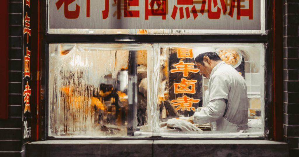 Murciélagos, ranas y perros; así es es la gastronomía salvaje de China