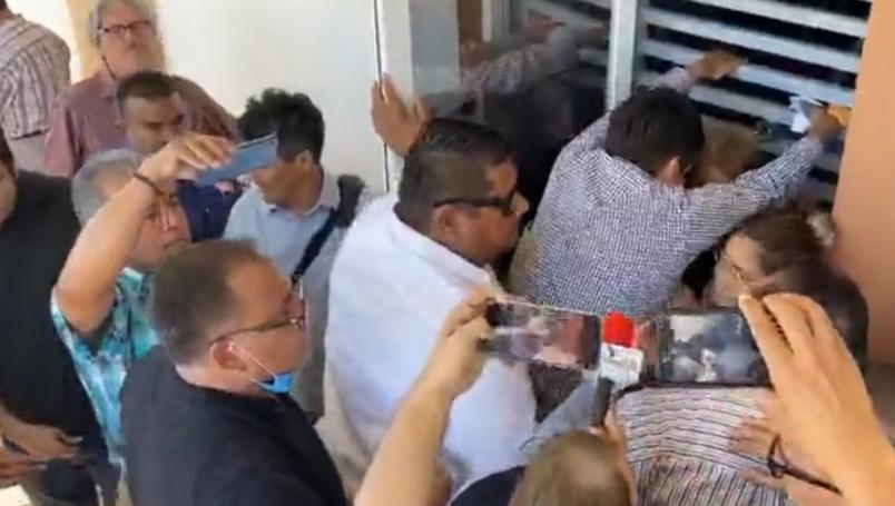 Qué Covid ni qué nada… diputadas de Baja California Sur se agarran a mordidas