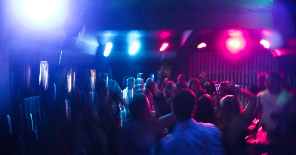 """KHÉ?!: Audio invita a """"fiesta covid"""" basada en supuesta """"inmunidad de rebaño"""""""