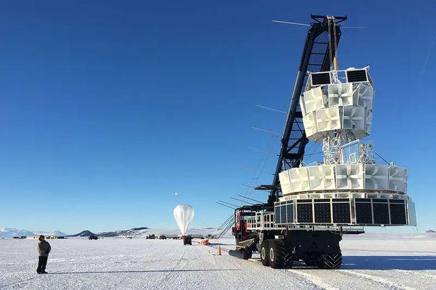 NASA Universo Paralelo Antartica