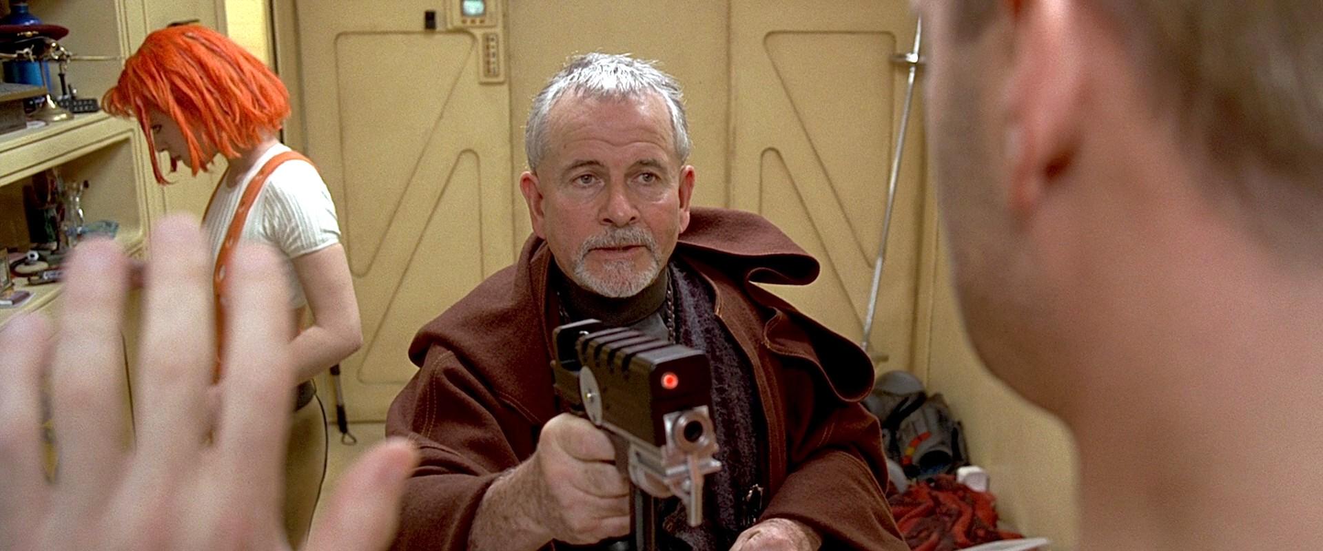 sir ian holm vito cornelius the fifth element