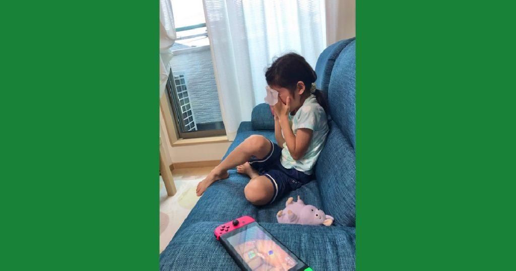 Niña llora desconsolada porque le sacrificaron a uno de sus vecinos en Animal Crossing
