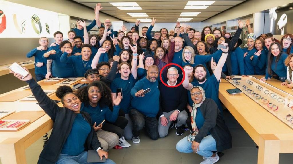 Tim Cook pide a empleados de Apple crear un mundo mejor en carta sobre Floyd