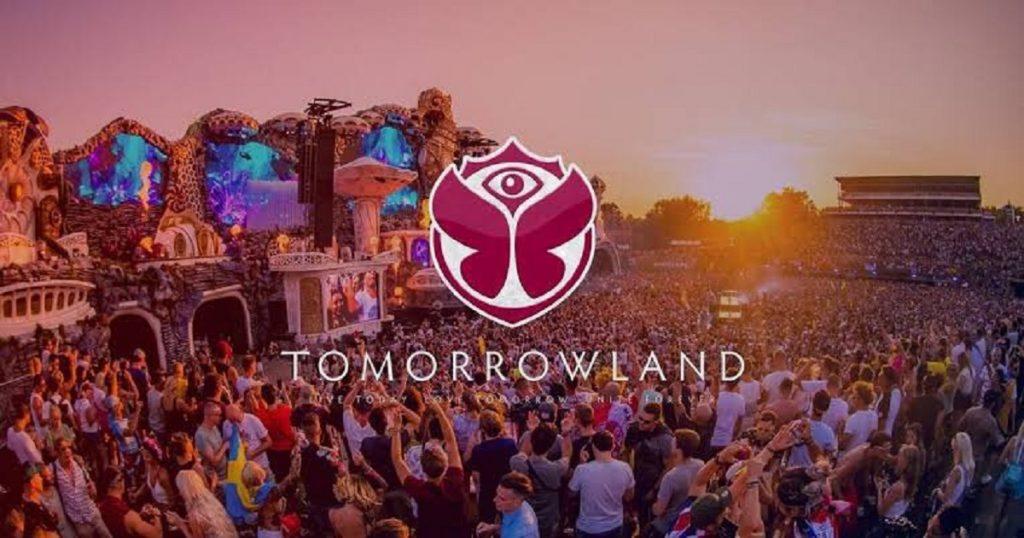 """""""Around the World"""": Tomorrowland 2020 revela fechas para su festival digital"""