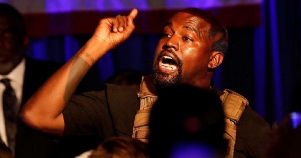 Kanye West pubicó unos tuits sobre divorcio de Kim Kardashian y luego los borró
