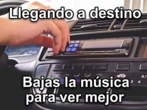 Meme estacionarse música