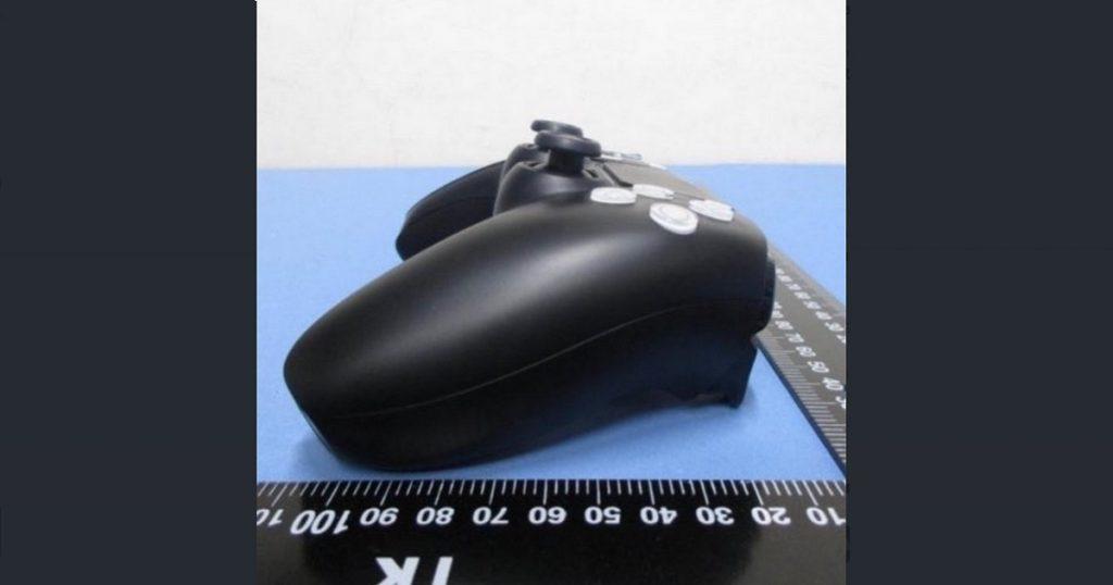 DualSense: Nuevas imágenes revelan controles blanco y negro del PS5