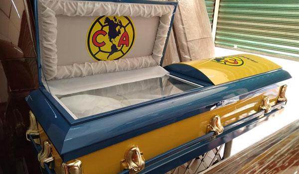 Ódiame más nivel: funeraria lanza un modelo de ataúd del América