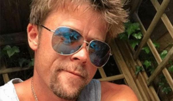 Confunden a albañil con Brad Pitt y hasta le piden autógrafos