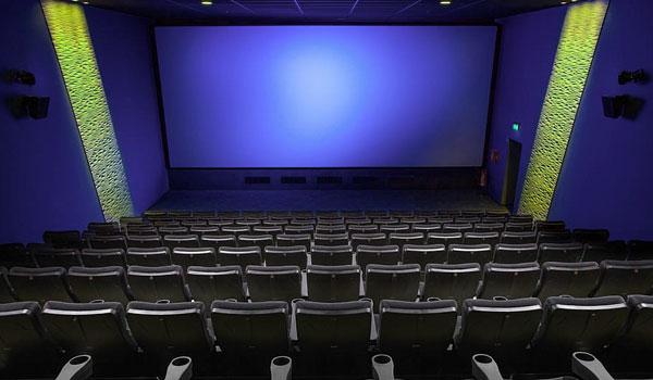Director al que le retrasaron 5 años el estreno de su película dice que el cine está más vivo que nunca