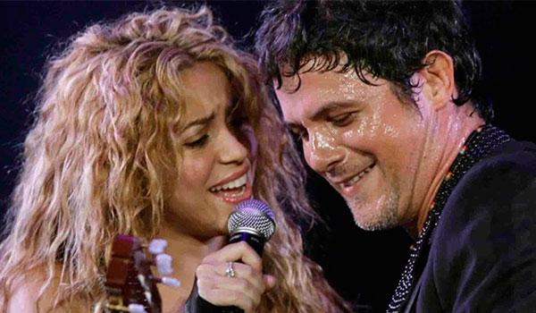 Shakira y Alejandro Sanz protagonizan video casero en lo oscurito
