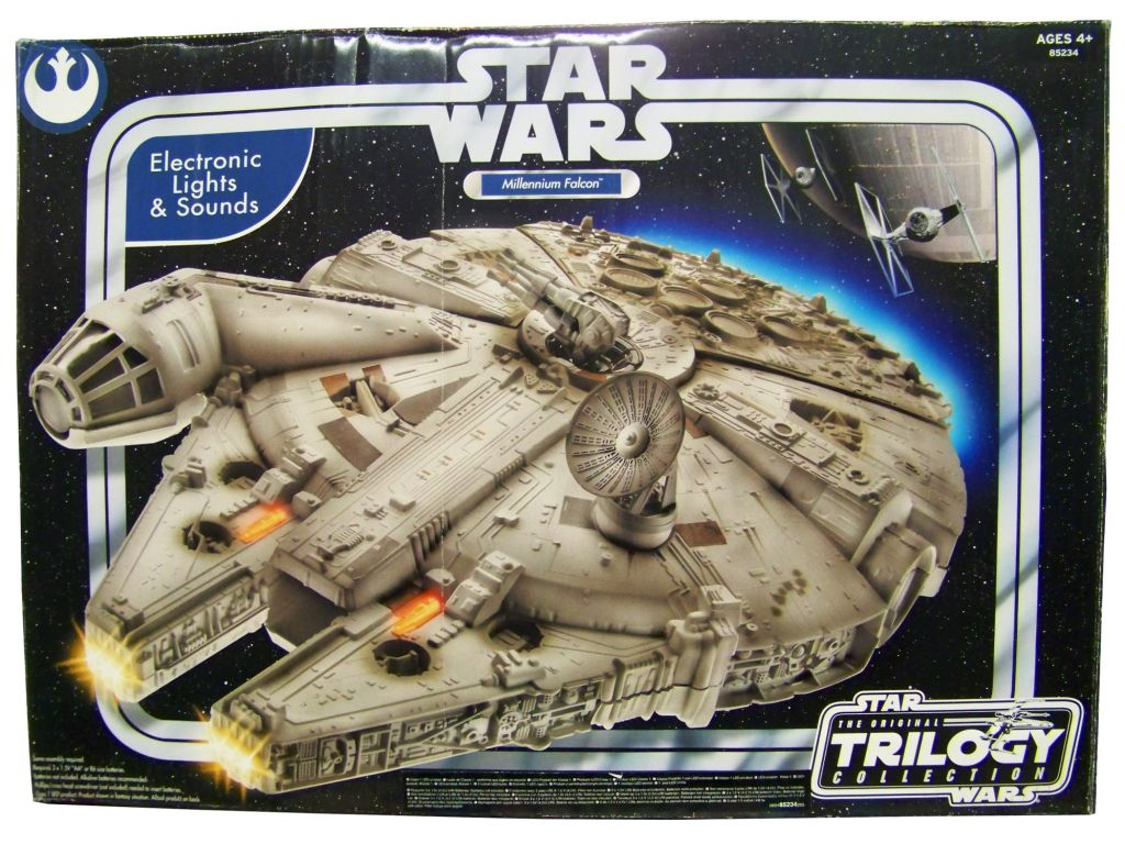 star-wars--original-trilogy-collection----hasbro---millennium-falcon--electronic-lights---sounds--p-image-328365-grande