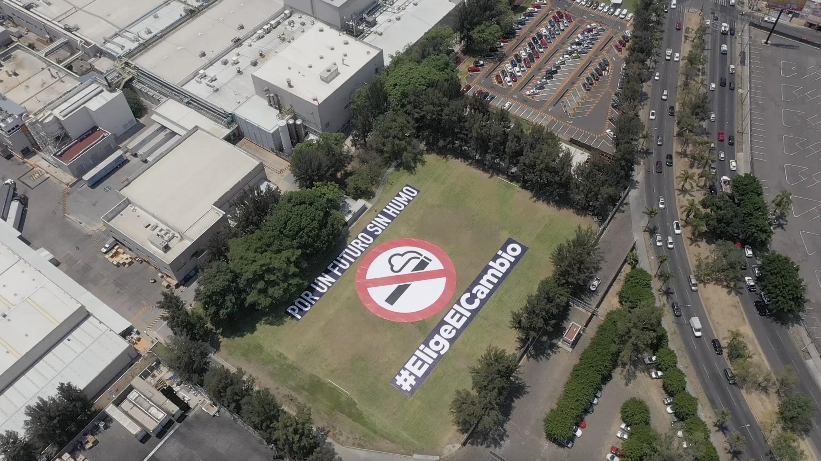 Philip Morris detiene producción